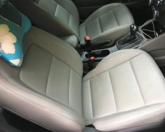 Bán xe Kia K3 2.0 tháng 9/2015, màu trắng giá 570 triệu tại Tp.HCM
