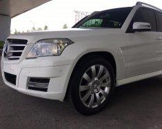 Cần bán xe Mercedes GLK300 đời 2009 màu trắng, xe chính chủ giá tốt giá 695 triệu tại Hà Nội