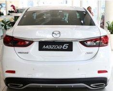 Cần bán Mazda 6 2.0 Premium màu trắng 2020, giá thương lượng trực tiếp, đảm bảo ưu đãi tốt. LH 0938900193 giá 879 triệu tại Hưng Yên