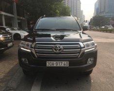 Bán Land Cruiser VX model 2016 màu đen giá 3 tỷ 680 tr tại Hà Nội