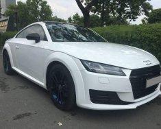 Cần bán lại xe Audi TT 2015, màu trắng chính chủ giá 1 tỷ 680 tr tại Tp.HCM