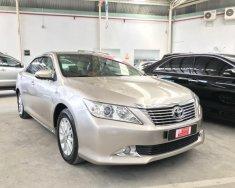 Bán xe Camry 2.0E sản xuất 2013 màu nâu giá 820 triệu tại Tp.HCM
