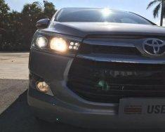Cần bán lại xe Toyota Innova V năm 2017, màu bạc  giá 880 triệu tại Bình Dương