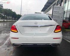 Bán Mercedes E200 đời 2017, màu trắng xe gia đình giá 2 tỷ 39 tr tại Tp.HCM