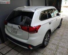 Bán xe cũ Mitsubishi Outlander sản xuất năm 2018, màu trắng giá 820 triệu tại Tp.HCM