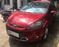Cần bán Ford Fiesta sản xuất năm 2012, màu đỏ, giá chỉ 384 triệu giá 384 triệu tại Tp.HCM