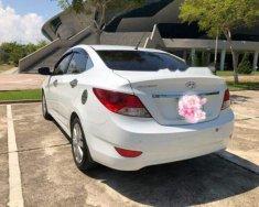 Bán ô tô Hyundai Accent đời 2013, màu trắng số sàn giá 375 triệu tại Đà Nẵng