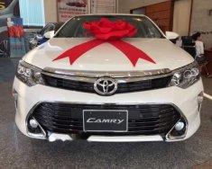 Cần bán Toyota Camry 2.5Q đời 2018, màu trắng giá 1 tỷ 302 tr tại Tp.HCM