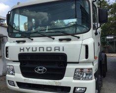 Bán xe đầu kéo Hyundai HD700, đời 2017, góp 80%, lãi suất thấp. Xe có sẵn, giao ngay giá 1 tỷ 600 tr tại Tp.HCM