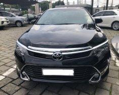 Bán xe Toyota Camry 2.5Q sản xuất 2018, màu đen, đi 2400km giá 1 tỷ 320 tr tại Tp.HCM