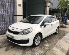 Cần bán lại xe Kia Rio năm sản xuất 2015, màu trắng chính chủ giá 385 triệu tại Quảng Nam