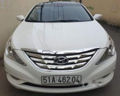 Cần bán gấp Hyundai Sonata sản xuất 2012, màu trắng, giá tốt giá 565 triệu tại Tp.HCM