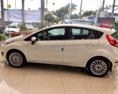 Bán Ford Fiesta màu trắng mới tại Hải Phòng giá thương lượng. Hotline: 0901336355 giá 500 triệu tại Hải Phòng