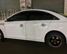 Cần bán lại xe Chevrolet Cruze năm 2012, màu trắng, 320 triệu giá 320 triệu tại Bình Dương