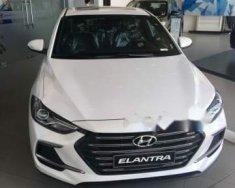 Cần bán xe Hyundai Elantra năm 2018, màu trắng giá 549 triệu tại Hà Nội