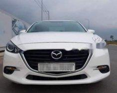 Bán Mazda 3 1.5AT FL đời 2017, màu trắng xe gia đình giá cạnh tranh giá 658 triệu tại Tp.HCM