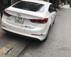 Cần bán gấp Hyundai Elantra 2.0 AT năm sản xuất 2016, màu trắng giá 615 triệu tại Quảng Ninh