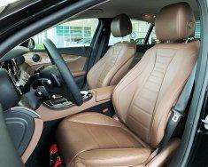 Báo giá Mercedes E200, hỗ trợ vay 80%, lãi suất 6%/năm giá 2 tỷ 99 tr tại Tp.HCM