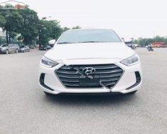 Bán xe Hyundai Elantra 1.6 AT 2018, màu trắng giá cạnh tranh giá 645 triệu tại Hà Nội