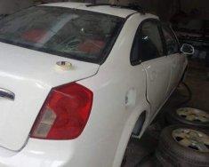 Cần bán gấp xe cũ Daewoo Lacetti đời 2005, màu trắng giá 135 triệu tại Đắk Lắk