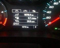 Cần bán Chevrolet Colorado Hight Country đời 2017, màu đỏ đã đi 10.500 km, giá tốt giá 700 triệu tại Bình Dương
