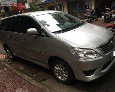 Cần bán xe cũ Toyota Innova 2.0E sản xuất năm 2012, màu bạc, giá 498tr giá 498 triệu tại Hà Nội