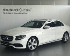 Bán Mercedes E250 2017 cũ, màu trắng, nội thất đen, 20km giá 2 tỷ 399 tr tại Tp.HCM