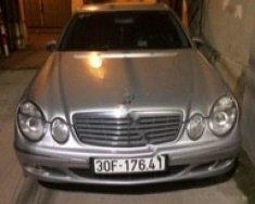 Bán xe cũ Mercedes E200 đời 2005, nhập khẩu giá 330 triệu tại Hà Nội