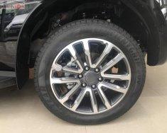 Cần bán xe Ford Everest Titanium 2.0L 4x2 AT 2018, màu đen, nhập Thái, động cơ 2.0L mạnh mẽ với công nghệ Turbo, hộp số 10 cấp êm ái giá 1 tỷ 177 tr tại Tp.HCM
