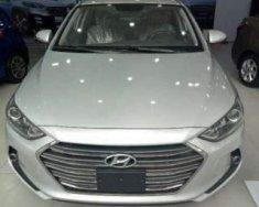 Cần bán xe Hyundai Elantra sản xuất năm 2018, màu bạc giá 549 triệu tại Đà Nẵng