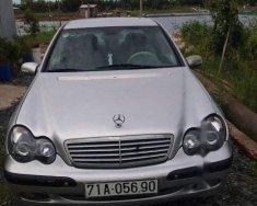 Bán Mercedes C200 năm sản xuất 2003, màu bạc, 200 triệu giá 200 triệu tại Bến Tre