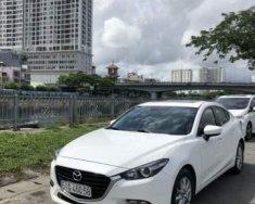 Cần bán gấp Mazda 3 sản xuất 2017, màu trắng giá 660 triệu tại Tp.HCM