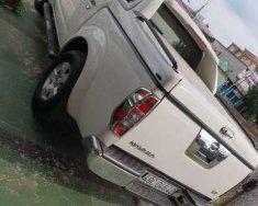 Bán xe Nissan Navara sản xuất năm 2013, màu trắng   giá 400 triệu tại Đồng Nai