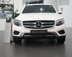Bán xe Mercedes GLC250 mới 2018, giá tốt nhất, hỗ trợ ngân hàng ưu đãi nhất giá 2 tỷ 209 tr tại Hà Nội