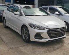 Bán xe Hyundai Elantra Sport năm 2018, màu trắng giá 729 triệu tại Cần Thơ