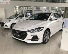 Bán Hyundai Elantra Sport 1.6 AT đời 2018, màu trắng, giá 725tr giá 725 triệu tại Hà Nội