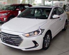 Bán ô tô Hyundai Elantra đời 2018, màu trắng, giá 635tr giá 635 triệu tại Lâm Đồng
