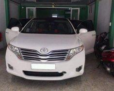 Gia đình bán Toyota Venza đời 2009, màu trắng, nhập khẩu giá 885 triệu tại Tp.HCM