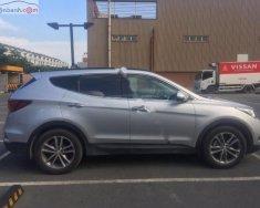 Bán xe Hyundai Santa Fe 2.4L đời 2016, màu bạc như mới giá 1 tỷ tại Tp.HCM