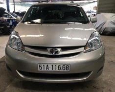 Cần bán xe Toyota Sienna 3.5 LE đời 2007 màu xám (ghi), giá tốt nhập khẩu nguyên chiếc giá 650 triệu tại Tp.HCM