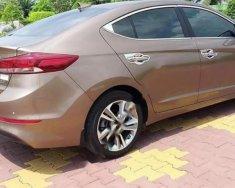 Bán xe Hyundai Elantra đời 2017, màu nâu, nhập khẩu xe gia đình giá 650 triệu tại Long An