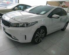 Cần bán gấp Kia Cerato 1.6 AT sản xuất 2018, màu trắng   giá 620 triệu tại Hà Nội