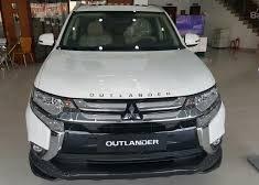Bán xe Mitsubishi Outlander 2.0 STD sản xuất 2018, màu trắng giá 808 triệu tại Hà Nội