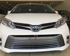 Cần bán xe Toyota Sienna Limited 2018, màu trắng xuất Mỹ giá 4 tỷ 200 tr tại Hà Nội