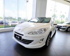 Bán Peugeot 408 sản xuất 2018, màu trắng, xe có sẵn, giao xe tận nhà, hỗ trợ ngân hàng 80% giá 740 triệu tại Đồng Nai