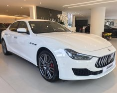 Bán xe Maserati Ghibli chính hãng 2018, màu trắng. LH: 0978877754, hỗ trợ tư vấn giá 5 tỷ 488 tr tại Tp.HCM