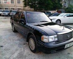 Cần bán gấp Toyota Crown Royal Saloon 3.0 AT sản xuất năm 1994, màu đen, nhập khẩu nguyên chiếc giá cạnh tranh giá 345 triệu tại Hòa Bình