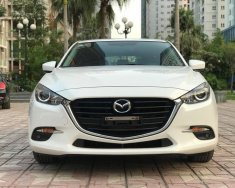 Bán xe Mazda 3 1.5 AT đời 2017, màu trắng giá 702 triệu tại Hà Nội