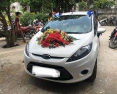 Cần bán xe Ford Fiesta đời 2013, màu trắng số tự động giá 375 triệu tại Hà Tĩnh