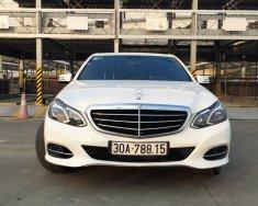 Bán Mercedes Benz E200 sx 2014, trắng, nội thất mâu socola giá 1 tỷ 330 tr tại Hà Nội